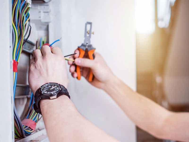 Riparazioni Impianti Elettrici
